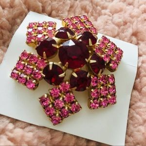 Jewelry - Pink Red Rhinestone Borealis Brooch Pin